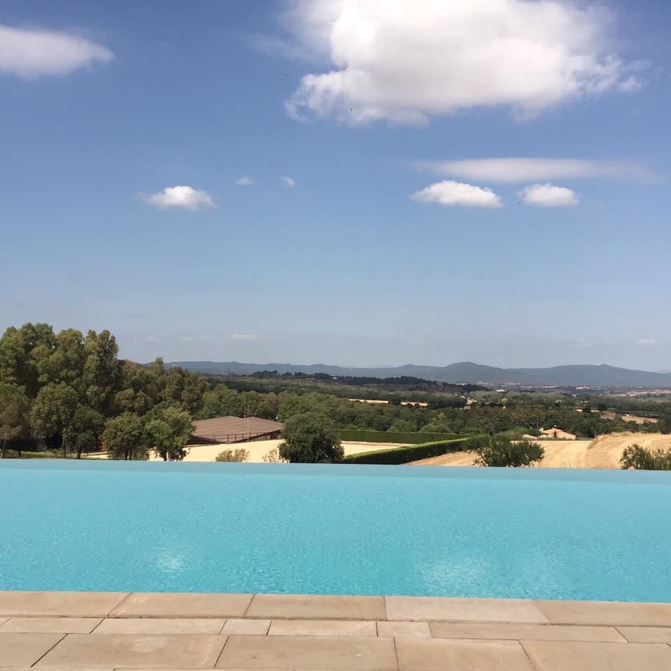 We spent hours in this amazing infinity pool