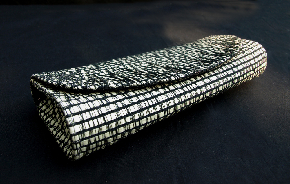 black and white clutch 1jpg.jpg