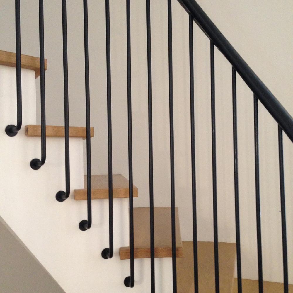 stair detail3.JPG