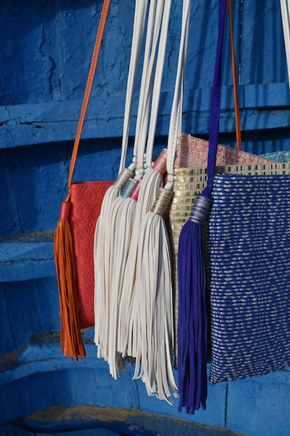 K - Two Pompons Bag w/ Detail
