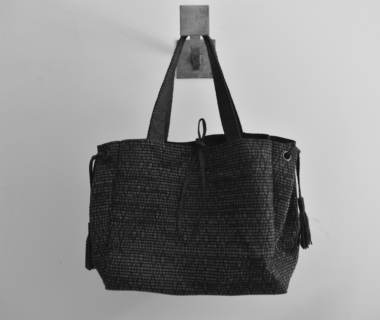 P - Baba Tote
