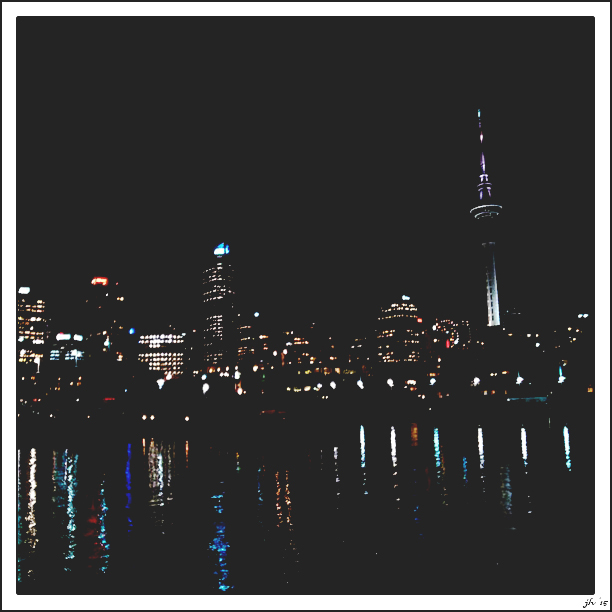 nightskyline2i.jpg