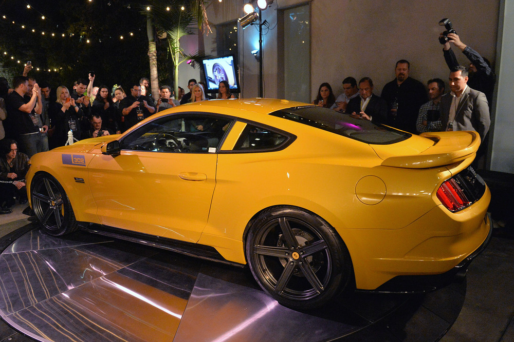 02-2015-saleen-302-black-label-mustang-1.jpg