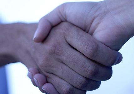 handshake-427