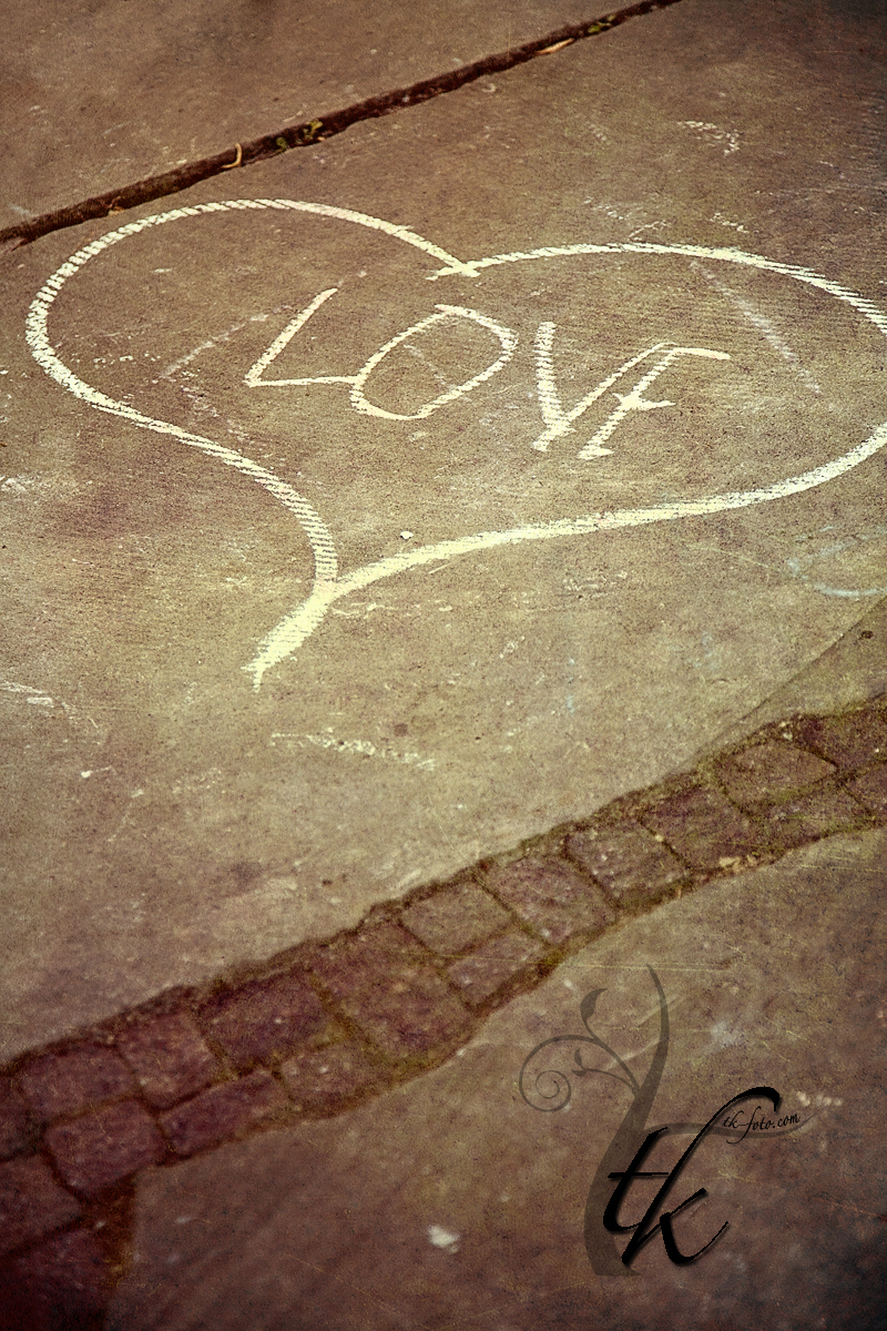 Sidewalk Art: Love - Boise Idaho Wedding Photographer