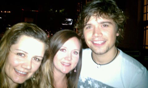 Ashely and Tamara with Zach Hanson