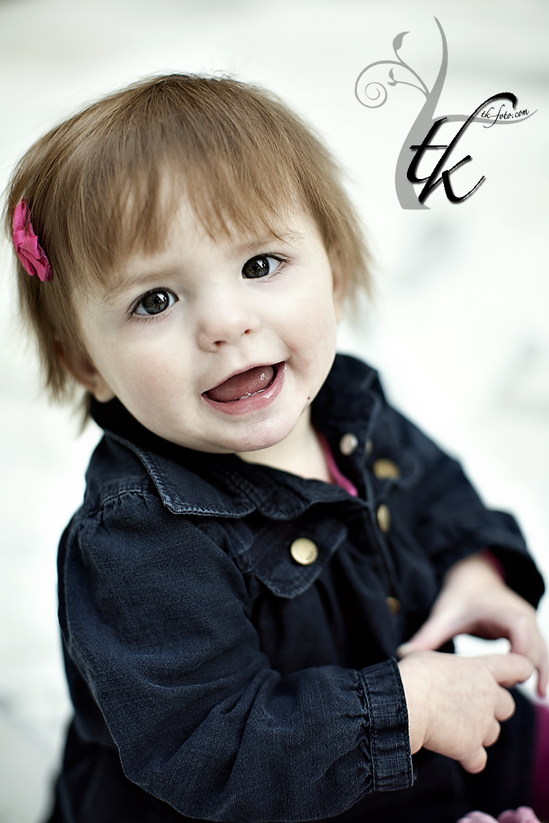 One Year Old Birthday - Boise Idaho Photographer