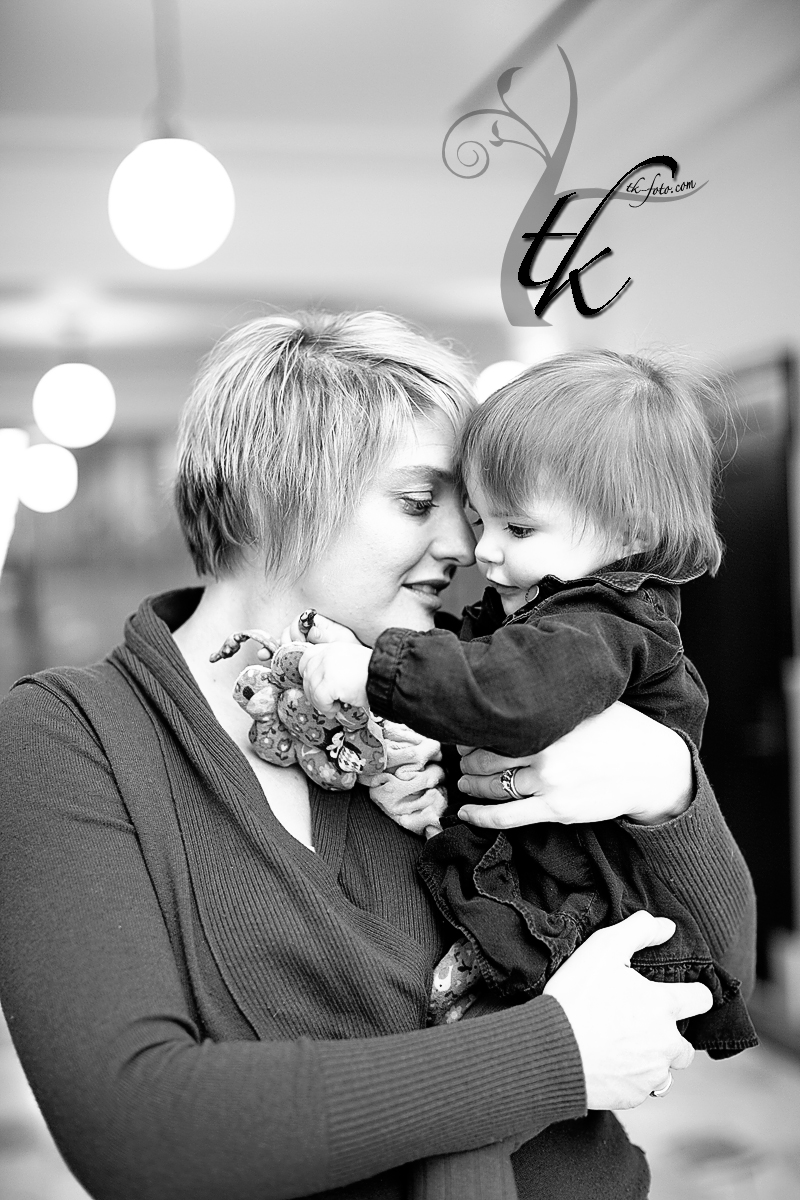 Mother's Love - Boise Idaho Family Photographer