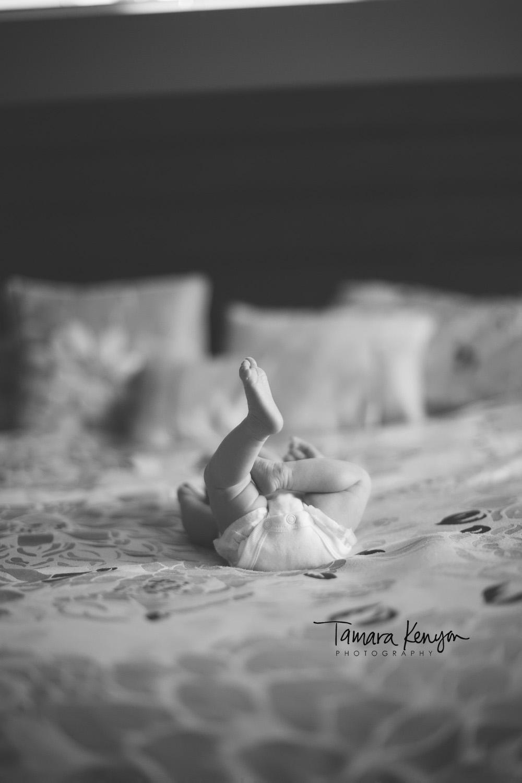 newborn_feet_sleeping_photography