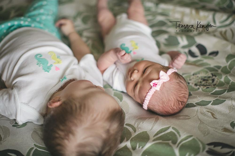 siblings_newborn_lifestyle_photographer_idaho