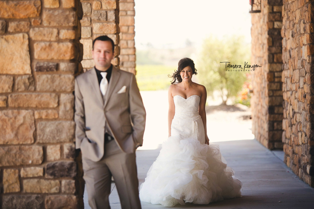 first_look_winery_wedding_pear_valley