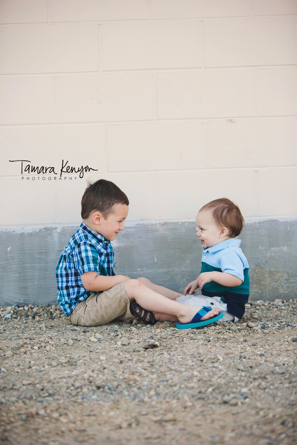 brothers laughing boise photographer