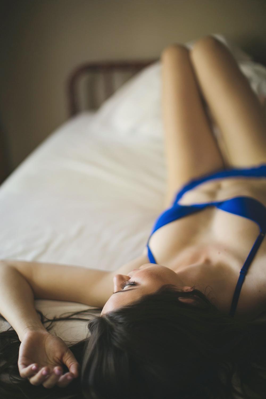 vintage boudoir session