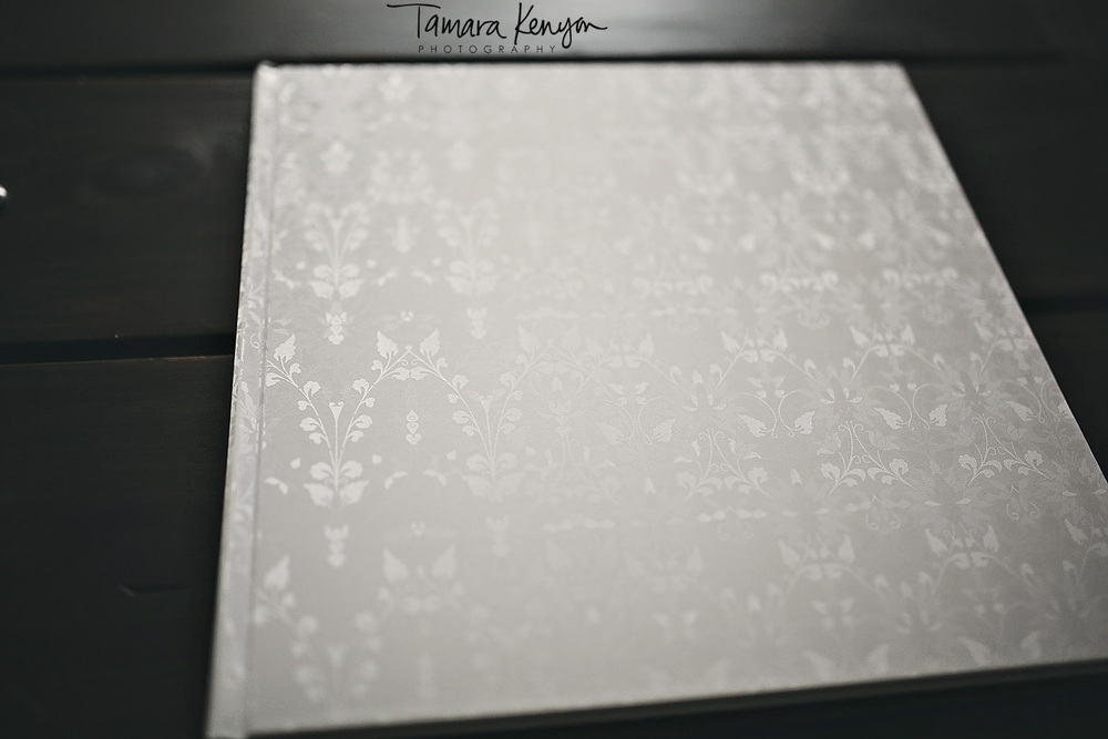 wedding guestbook detail