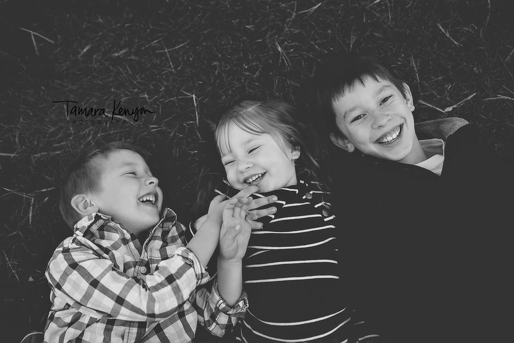 family photos in fall in idaho