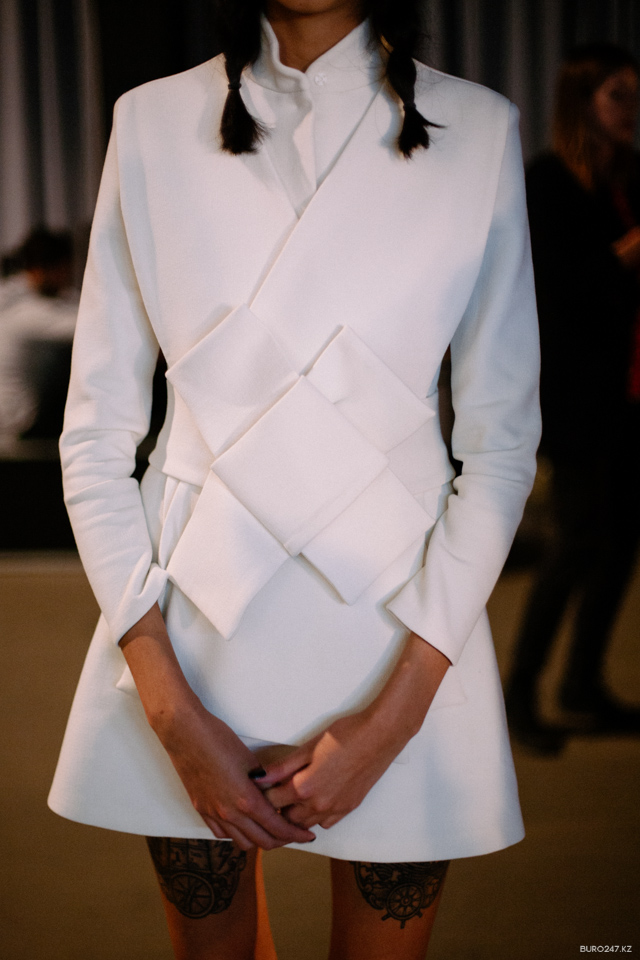 AWAKE-FW-14-15-backstage-17.JPG