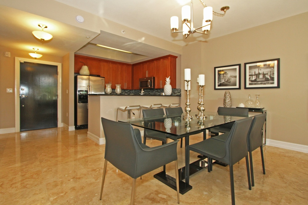 1650_galiano_st_th13_MLS_HID760832_ROOMdiningroom.jpg
