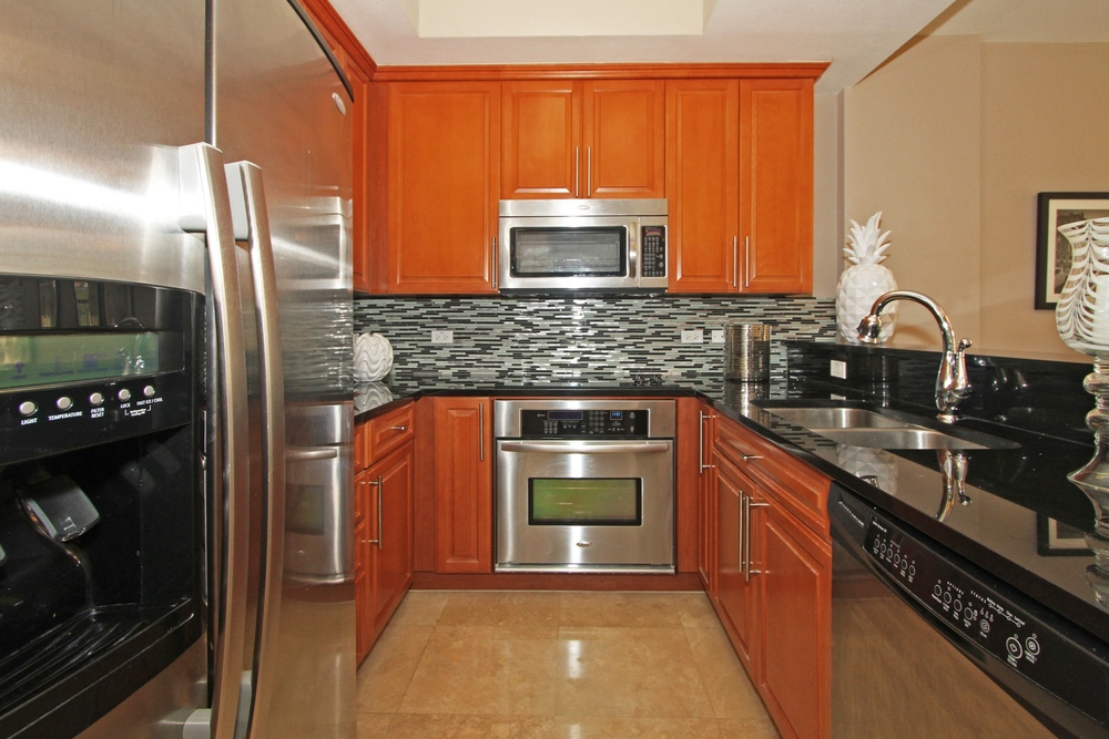 1650_galiano_st_th13_MLS_HID760832_ROOMkitchen1.jpg