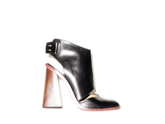cuff heel.jpg