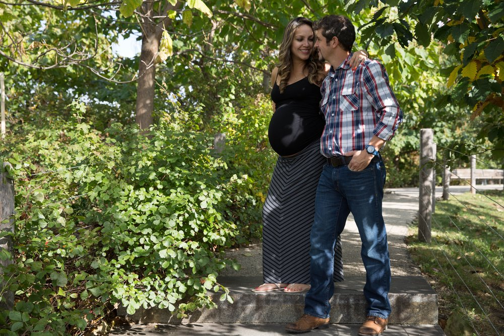 Pregnant-couple-in-trees.jpg