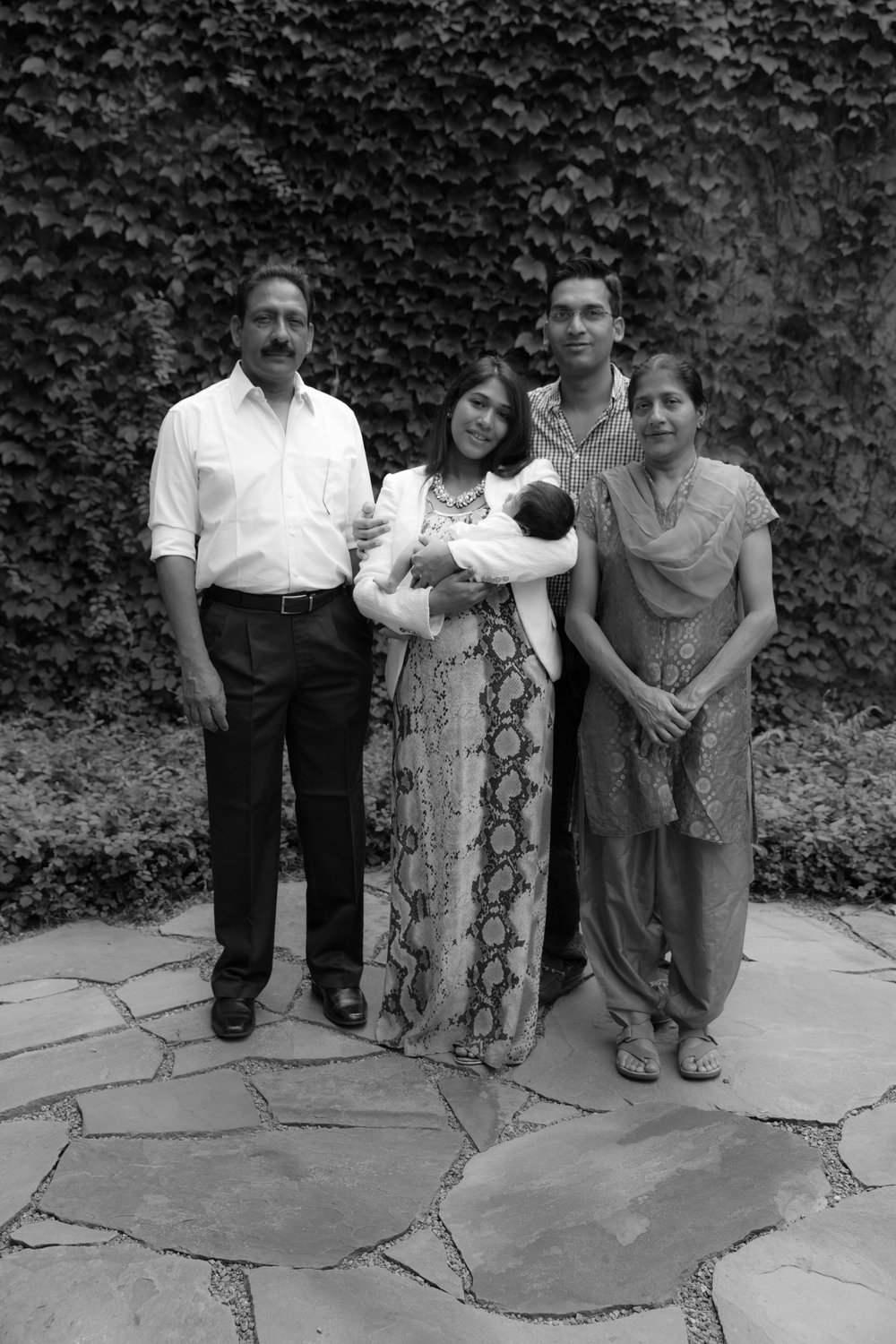 indian-family-in-garden-black+white.jpg