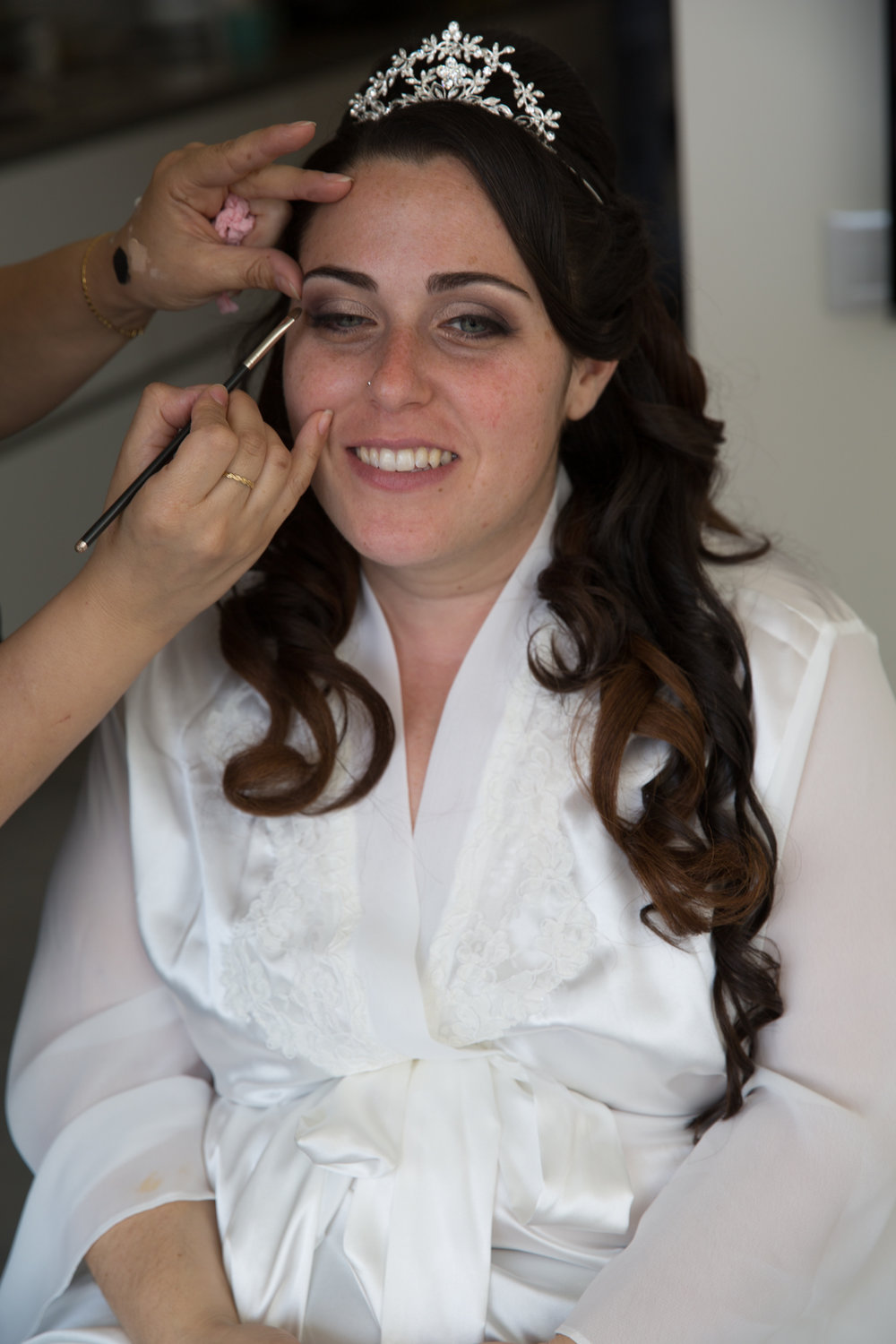Bride-getting-ready-make-up.jpg