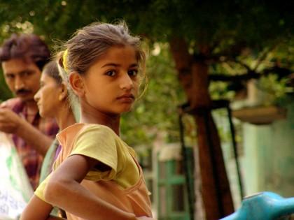 Girl_in_india-420x315.jpg