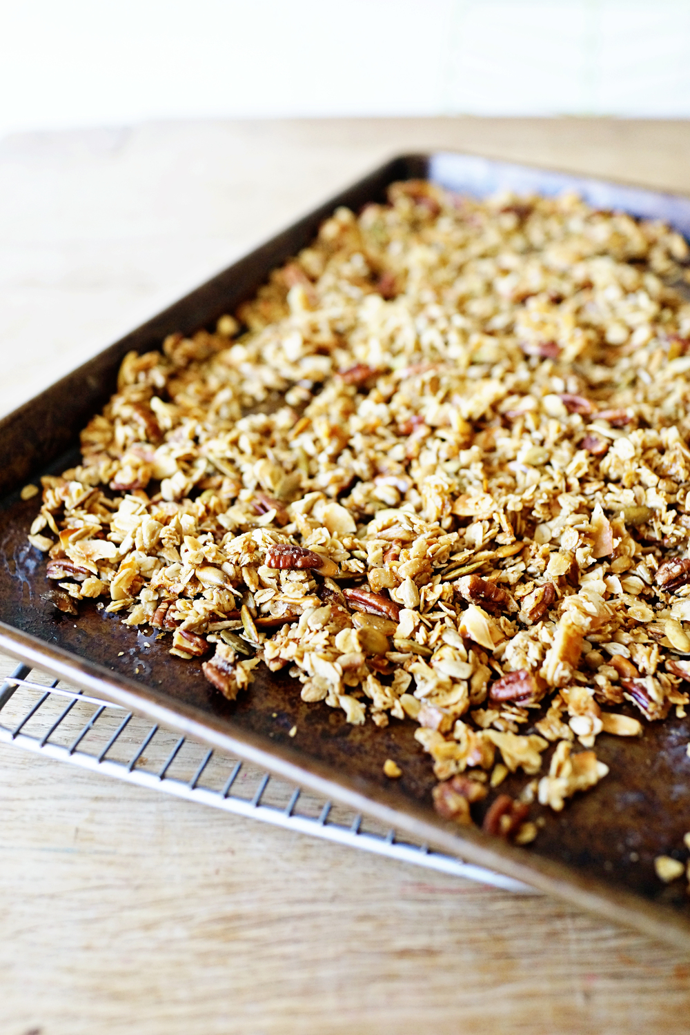 Recipe: Best Granola Ever No. 2  /  www.goodonpaperdesign.com/blog  /  @good_on_paper