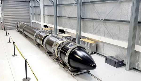世界首枚3D列印的電池動力火箭「Electron」,高度為17公尺,乘載量約150公斤左右。(圖/翻攝自Rocket Lab官網)