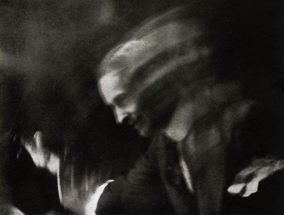 Anton Giulio Bragaglia,  Waving , 1911, Guggenhein Museum, New York.