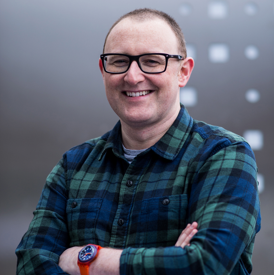 Husband, chief designer, and co-founder of Jando Design.