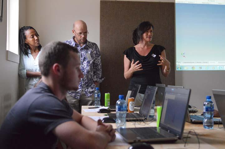 Megan Kirchhoff of Toolshare Studio explaining process to participants.