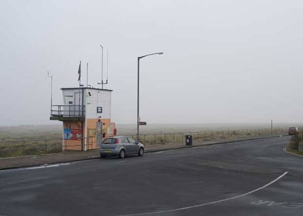 The North Denes Coastal Watch lookout hut at the very end of North Drive in Great Yarmouth. Image by Harry Cory Wright
