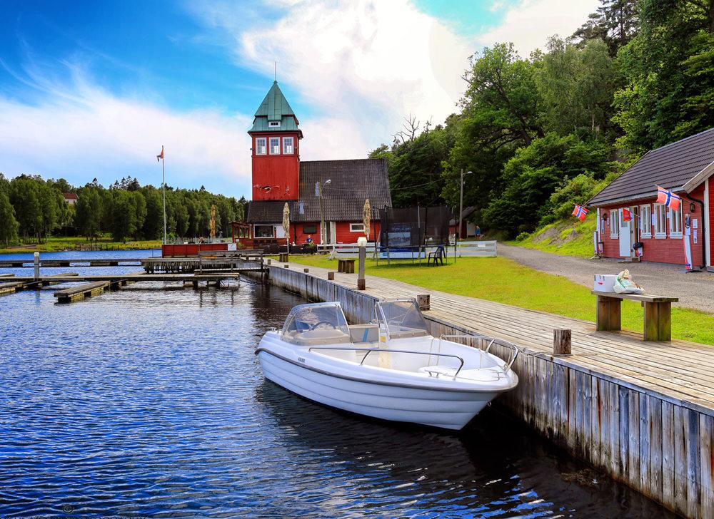 Tradisjonsrike Seilerkroa i det karakteristiske bygget som for mange er landemerket til Hankø