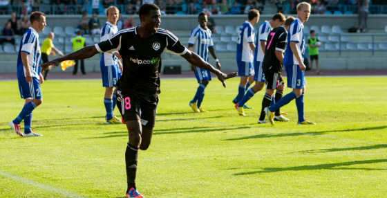 Ceesay celebrating his header against Finnish Champions HJK