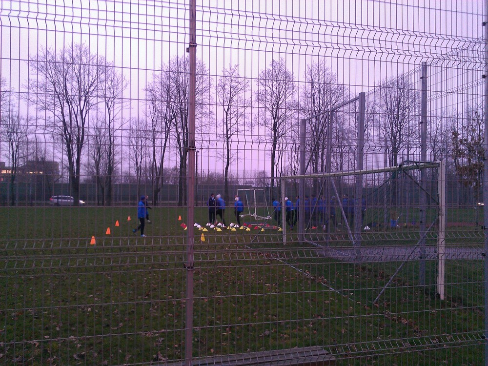 Training in the gloomy sky of Tartu at Tamme Stadium complex (RdS)