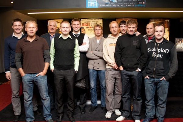Vaiko Tammeväli at a beach soccer national team social event, second from right, behind Indrek Siska (Soccernet.ee)