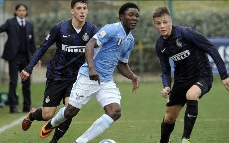 Minala in action against Inter Primavera