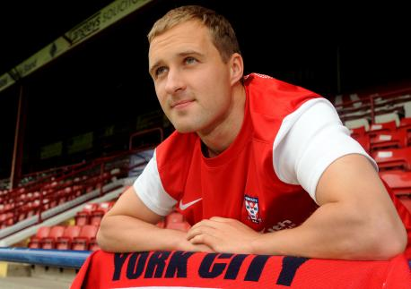 Sander happy with his YCFC jersey on presentation day (YorkPress.co.uk)
