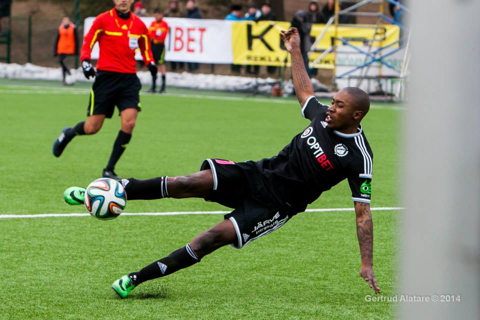 Reginald volley shot found a great response from Igonen in second half. Great game from the French midfielder (Gertrud Alatare)