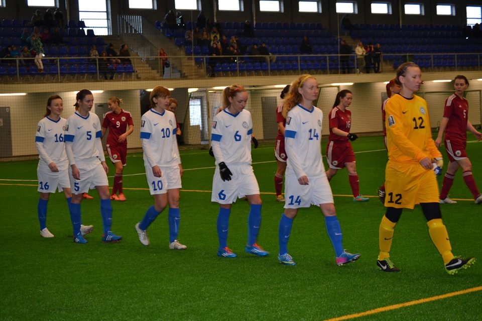 Tiina (nr.6) entering the pitch at a indoor friendly game against Latvia in Tallinn (Facebook)