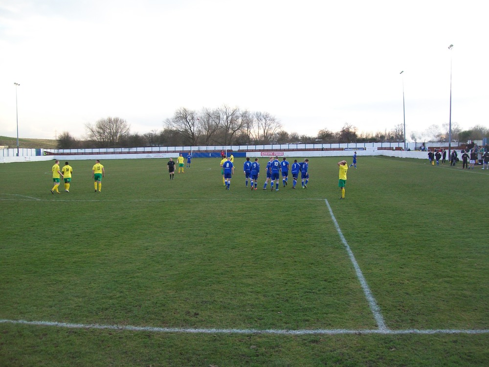 Frickley celebrate Luke Hinsley's winning goal