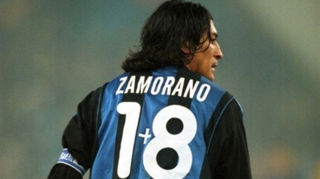 Chilean Zamorano at Internazionale, had to use his fantasy to get a '9' on the back (internet)