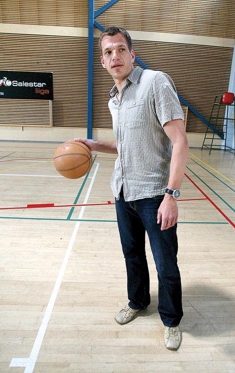 Mister Basketball in Tartu University Sports Club: they want to kill professional sport (Tartu.Postimees.ee)