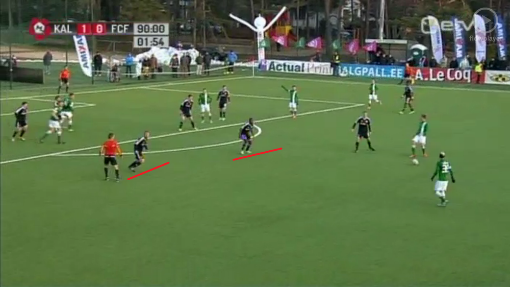 Too much space left to Luigend by Fabio Prates and Reginald pushed against Kalju back line