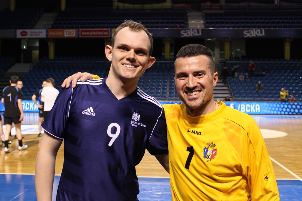 Chris Johns (left) and Angelo Palmeri, with UK and Moldova colours (Viorca Guzun) - click to enlarge
