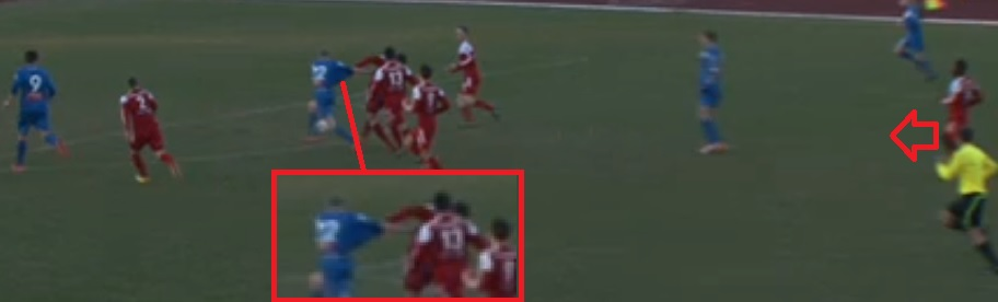 The shirt pulling is evident and there is no other Loko man between Śabanov and the goal (click to enlarge)