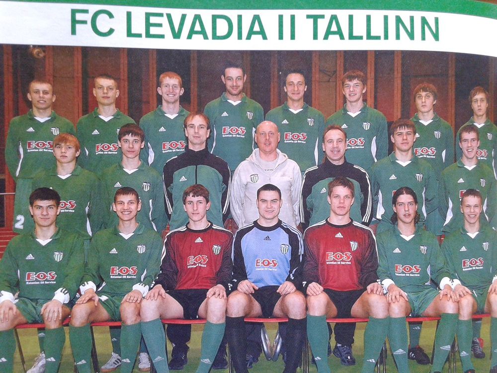 Englishman Richard Barnwell (fourth from left) when he was at Levadia with the Puri bros - click to enlarge (Eesti Jalgpall 2005)