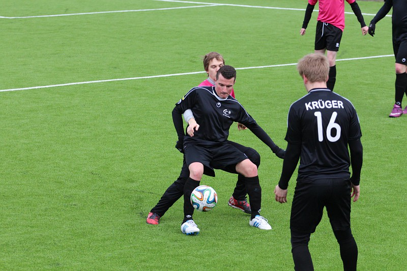 Our editor-in-chief, Angelo Palmeri, busy defending the ball with FCF Tallinna Ülikool II black jersey - 7th and last season as active footballer in Estonia