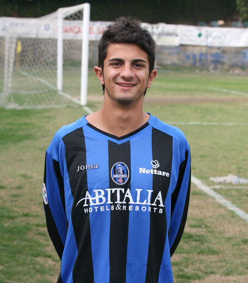 Damiano with Pisa jersey (IlPisaSiamoNoi.it)